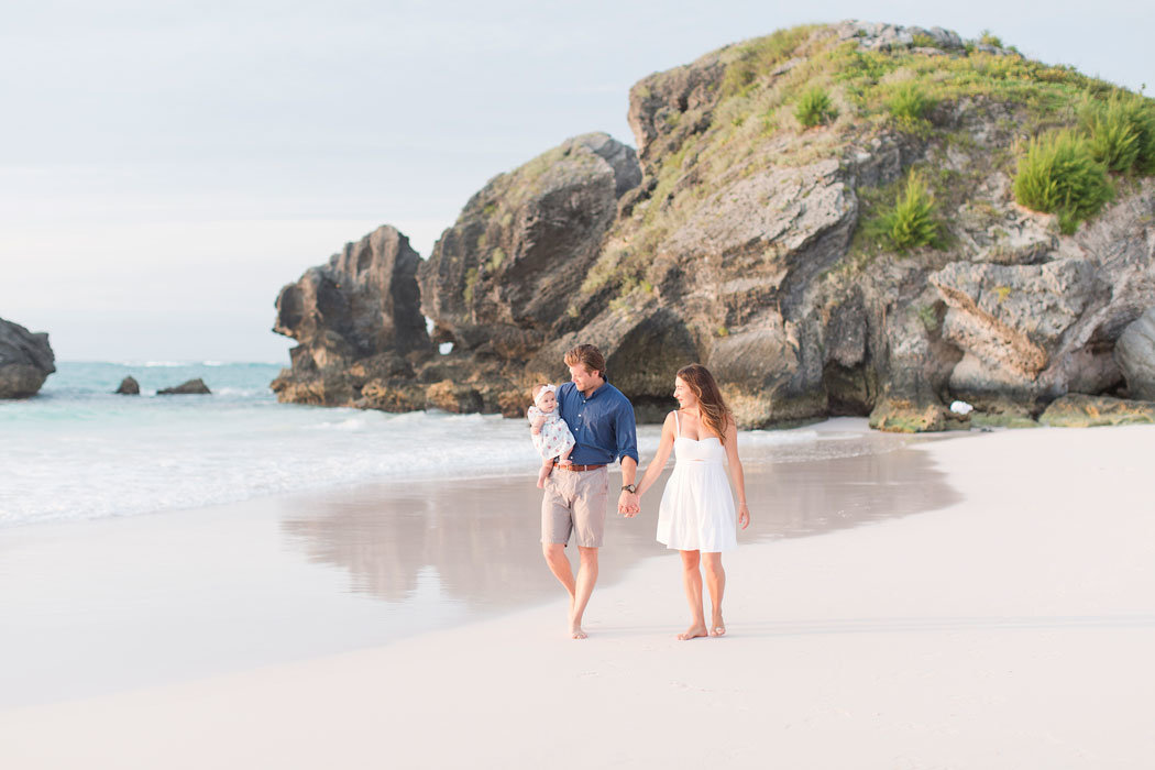 horseshoe-bay-bermuda-family-session-004