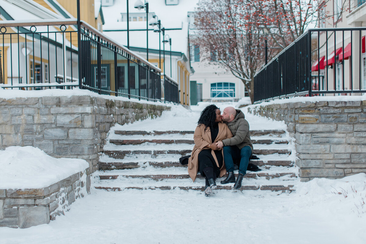 tremblant-winter-mountainside-engagement-session-grey-loft-studio-tremblant-village-213