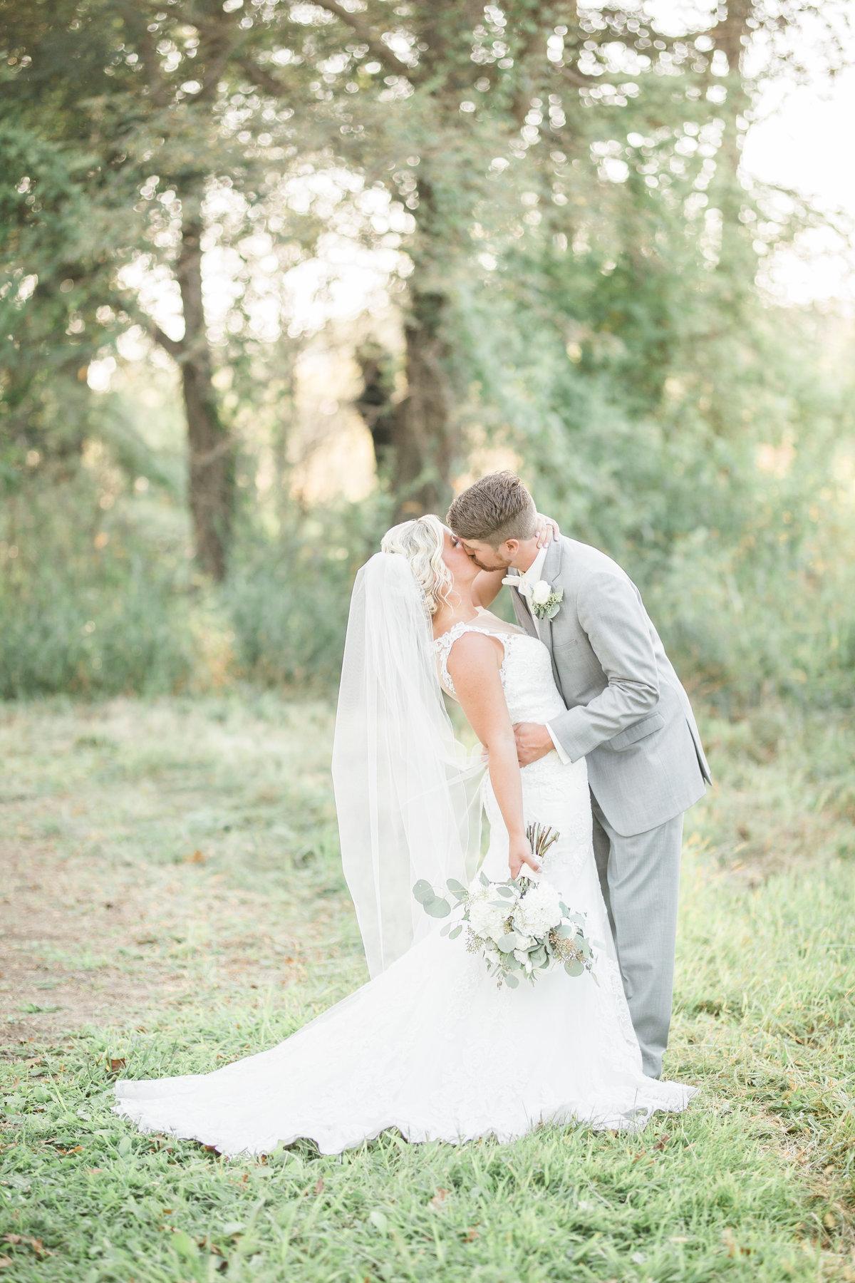Fieldstone Photography Quad Cities Wedding Photographer