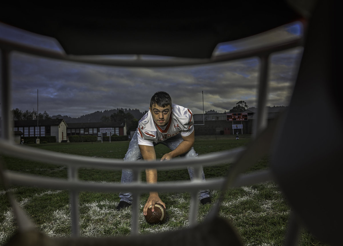 Redway-California-senior-portrait-photographer-Parky's-Pics-Photography-Humboldt-County-football-Ferndale-High-nighhttime-4.jpg