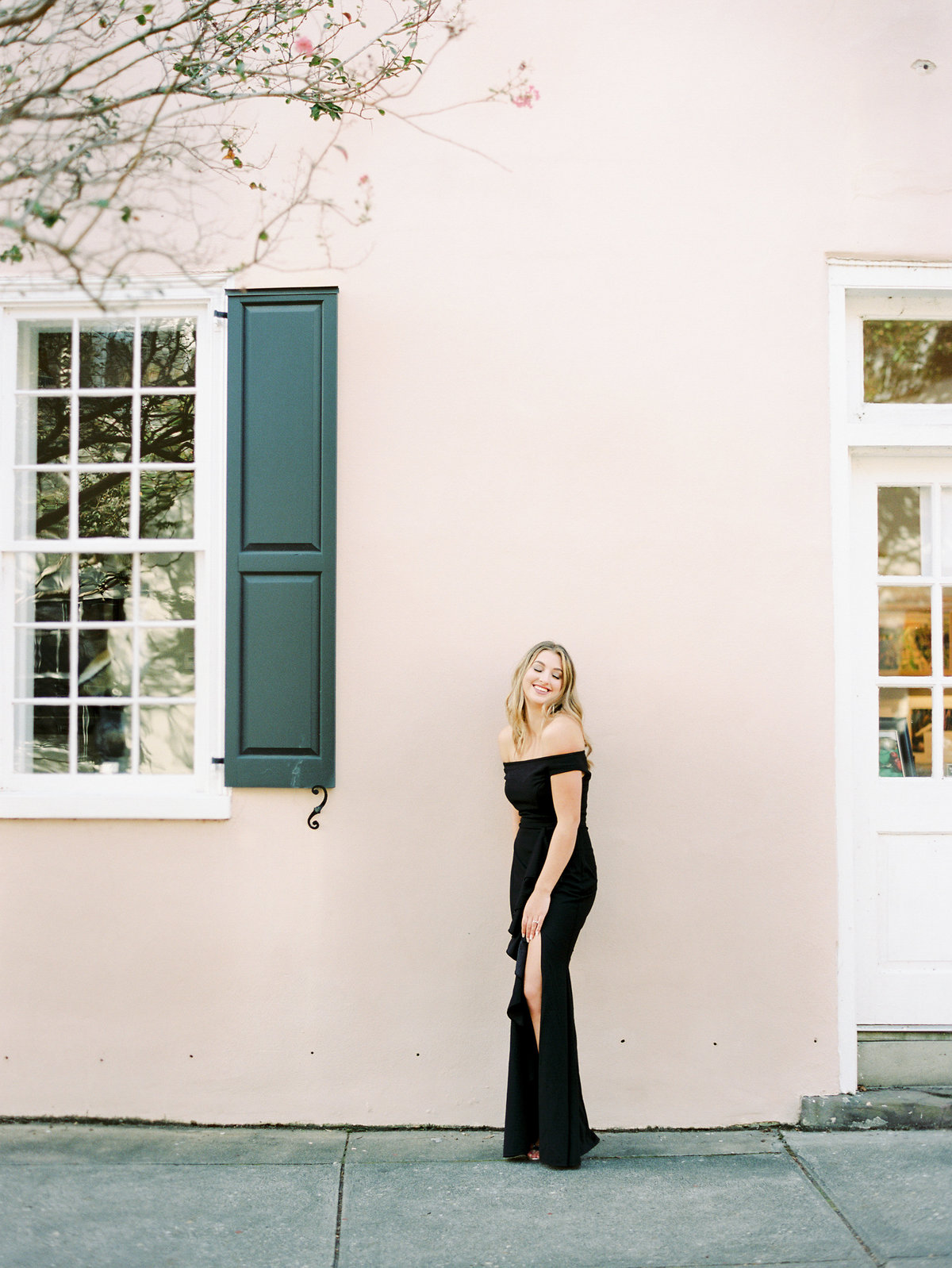 Rainbow-Row-Downtown-Charleston-Engagement-14