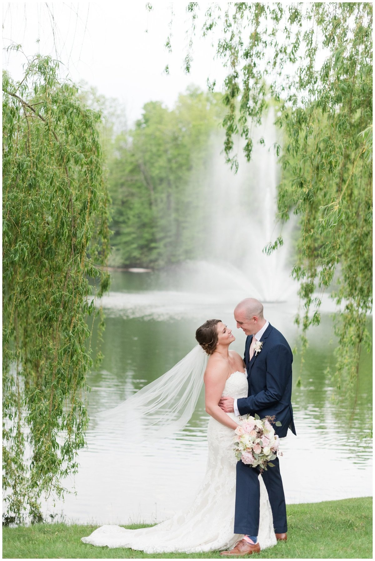 columbus ohio wedding photos brookside golf and country club outdoor wedding_0068