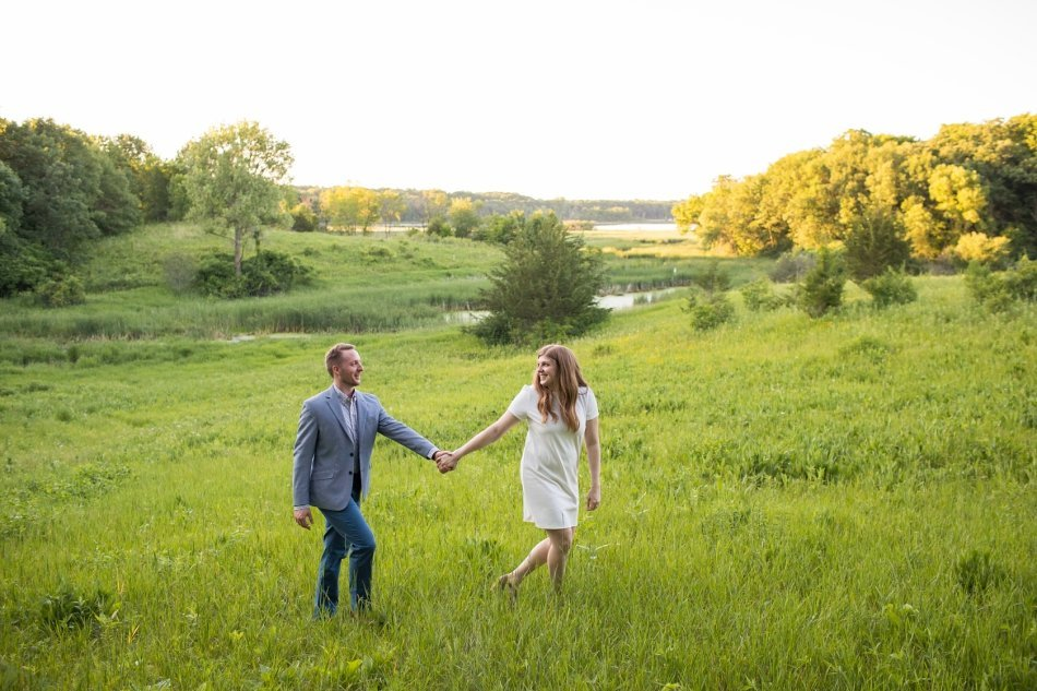 Minneapolis Engagement Photographer - Erin & Andrew (26)