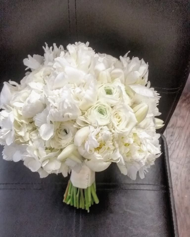 Hilton Fort Lauderdale white bouquet