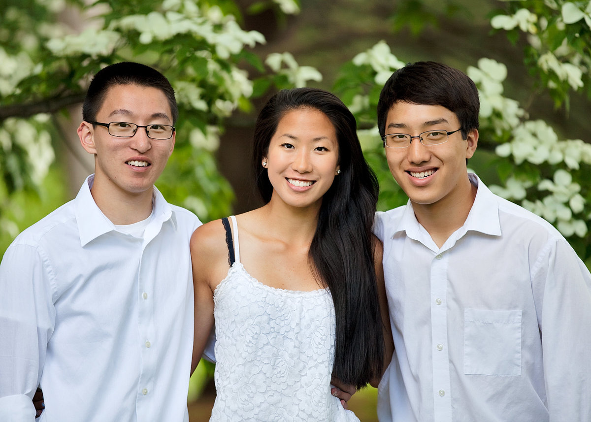 Siblings pose during a New Haven, CT family photo shoot
