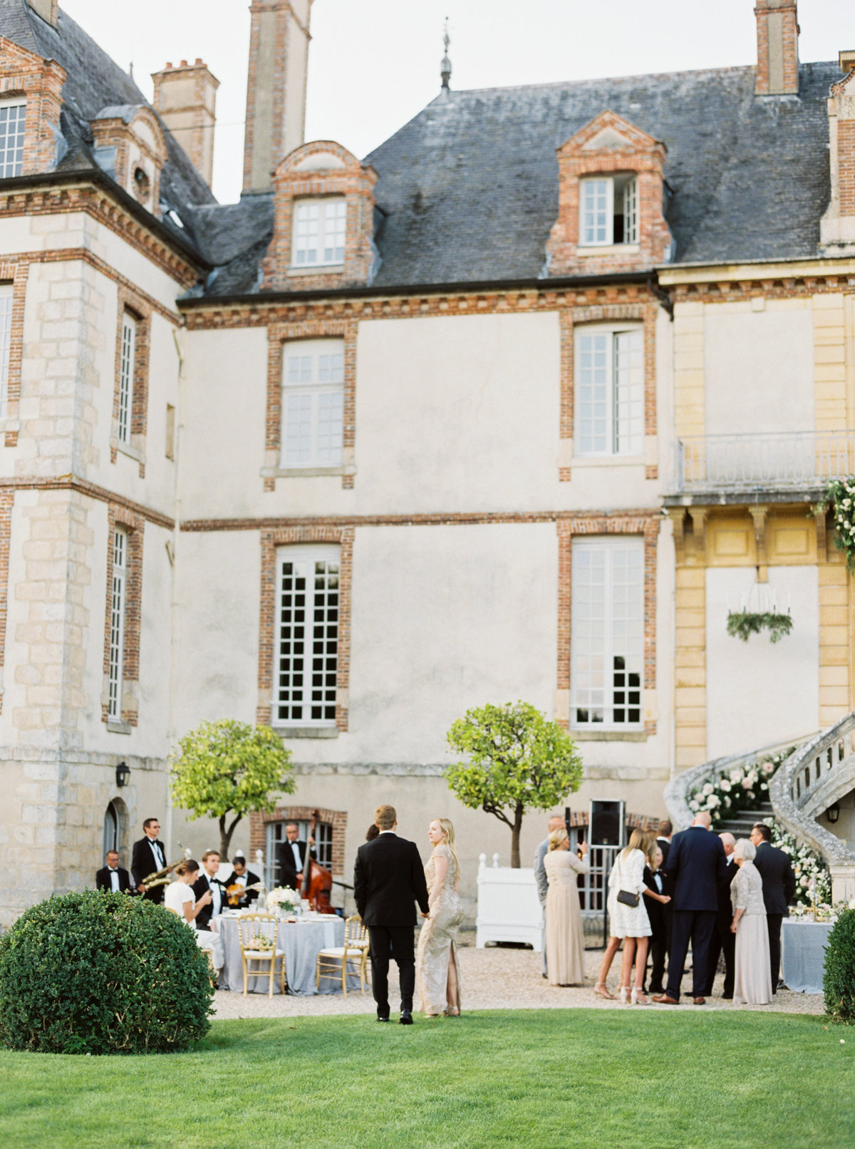 Paris France Wedding - Mary Claire Photography-18