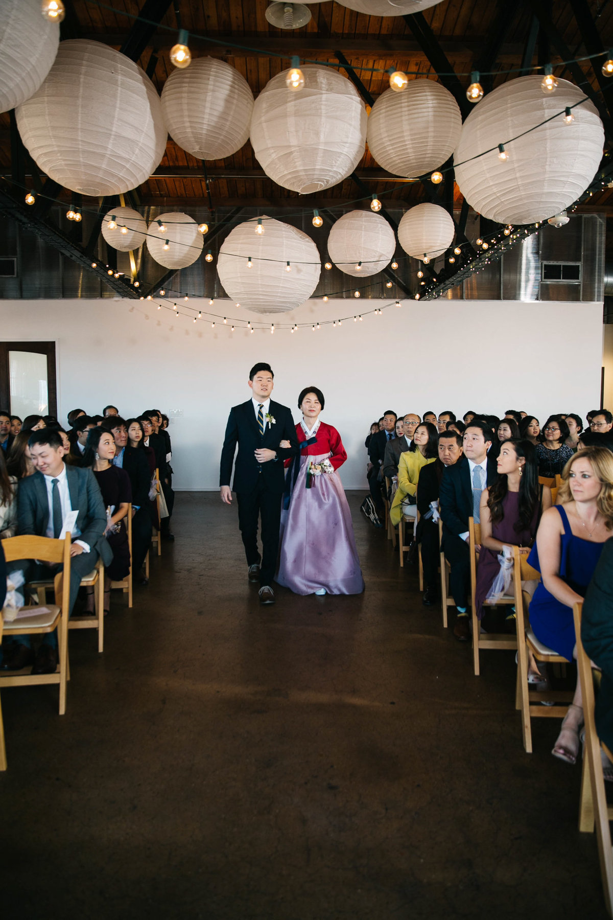 Dallas-Downtown-wedding-at-Hickory-Street-Annex-by-Julia-Sharapova-Photographer-126
