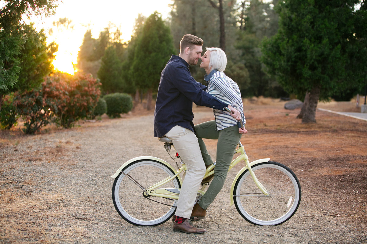 Grass Valley Engagement Session Photo