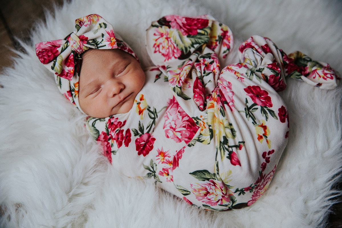 newborn-baby-girl-SHphotography-19