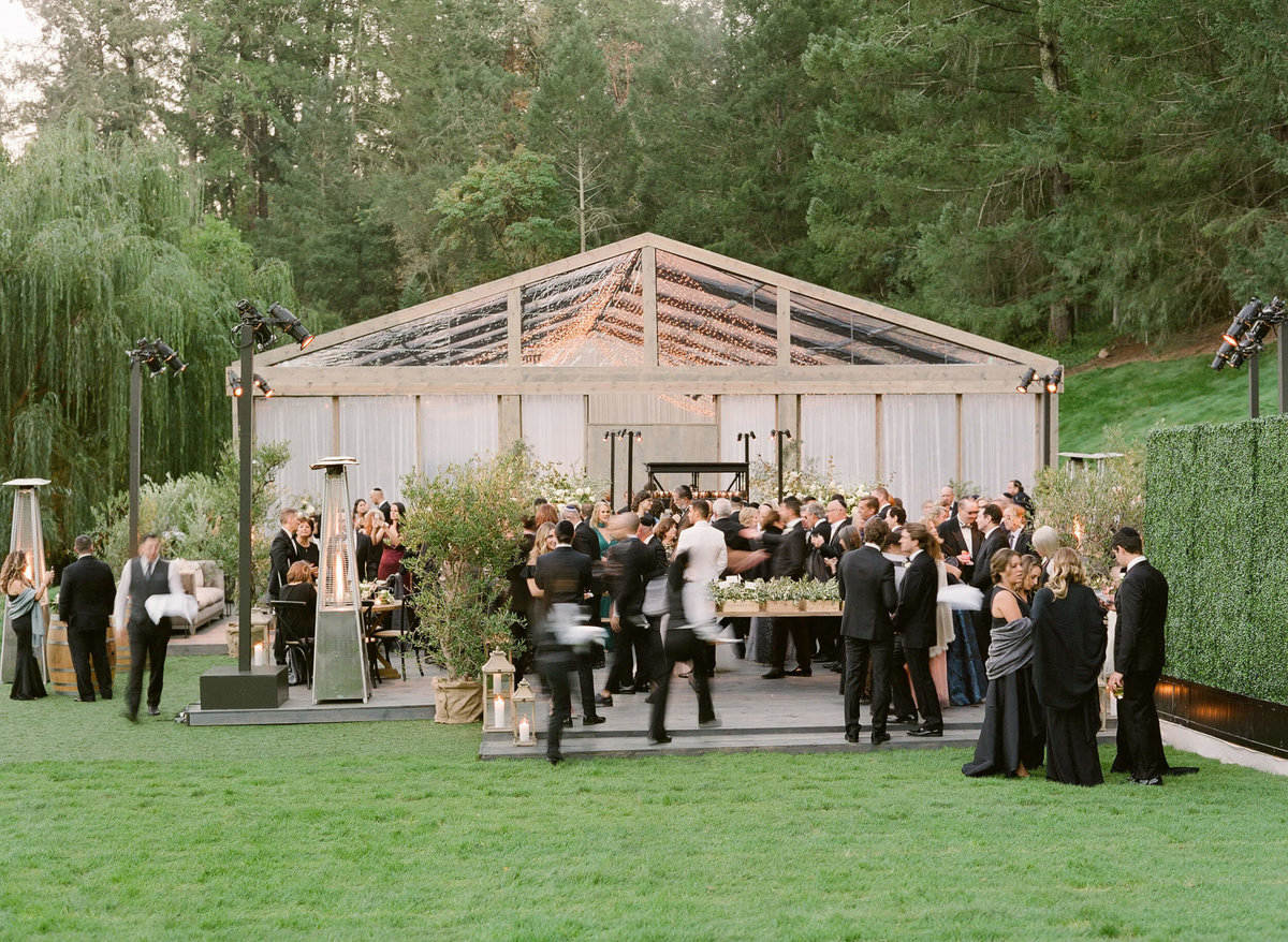 86-KTMerry-weddings-Meadowood-Napa-Valley-cocktail-hour