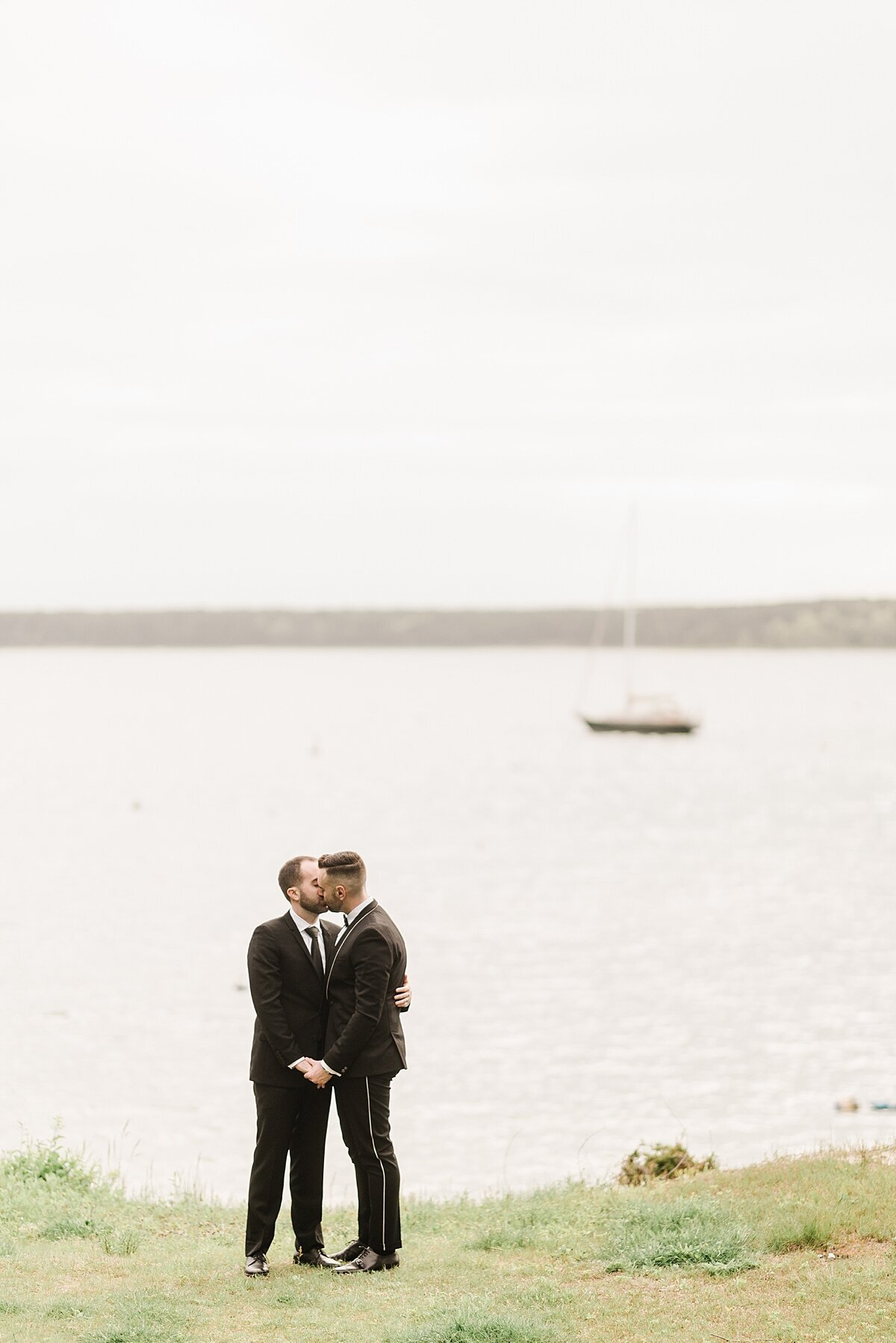 cape-cod-elopement-micro-wedding-photo_0042
