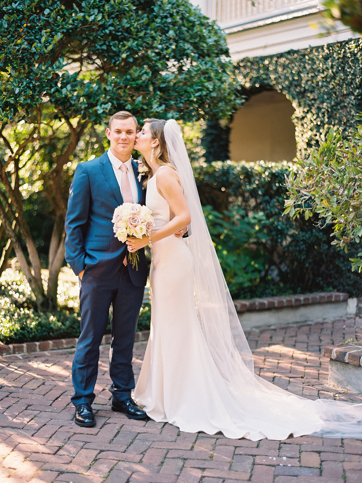 wedding-venues-in-charleston-governor-thomas-bennett-house-philip-casey-20