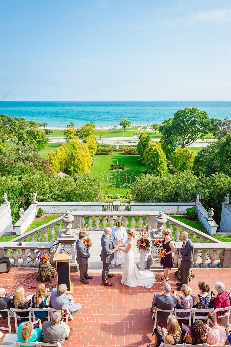 villa-terrace-wedding-milwaukee-war-memorial-the-paper-elephant-0056