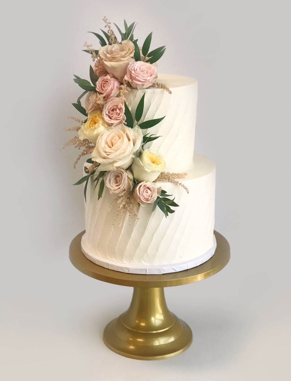 Whippt Desserts - Wedding Cake Calgary Zoo Fleurish July 2019 2