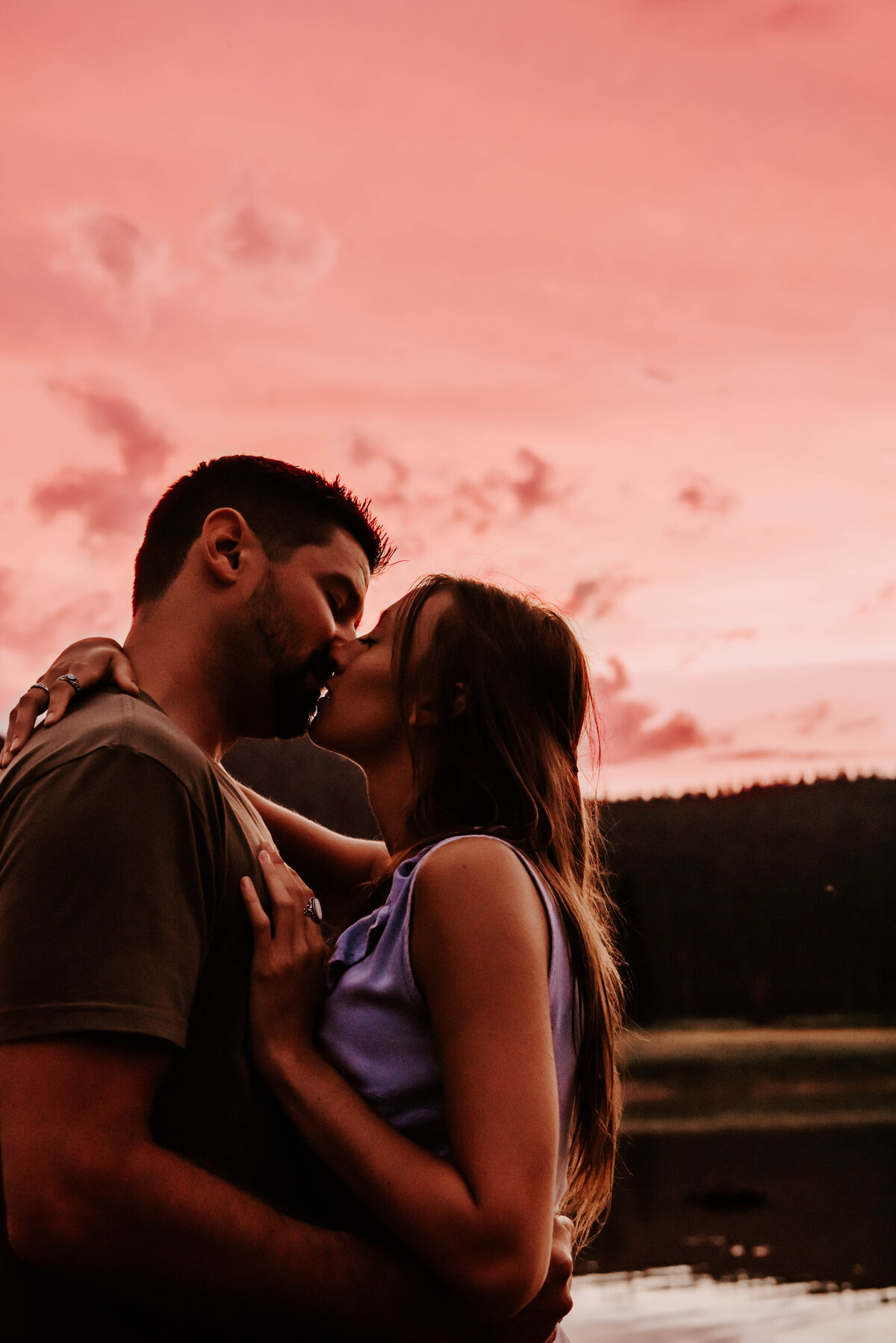 sparks-lake-oregon-couple-photographer-elopement-bend-lakes-bachelor-sisters-sunset-6512