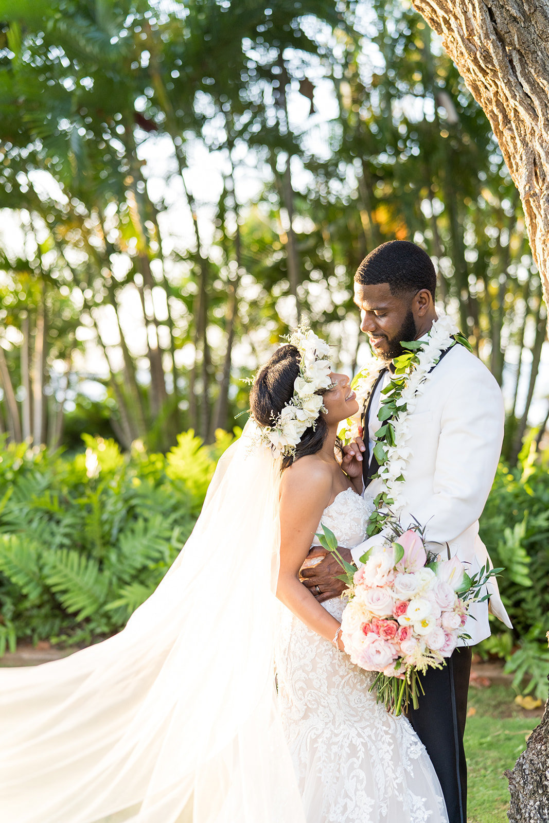 Oahu Hawaii Wedding Photos-3