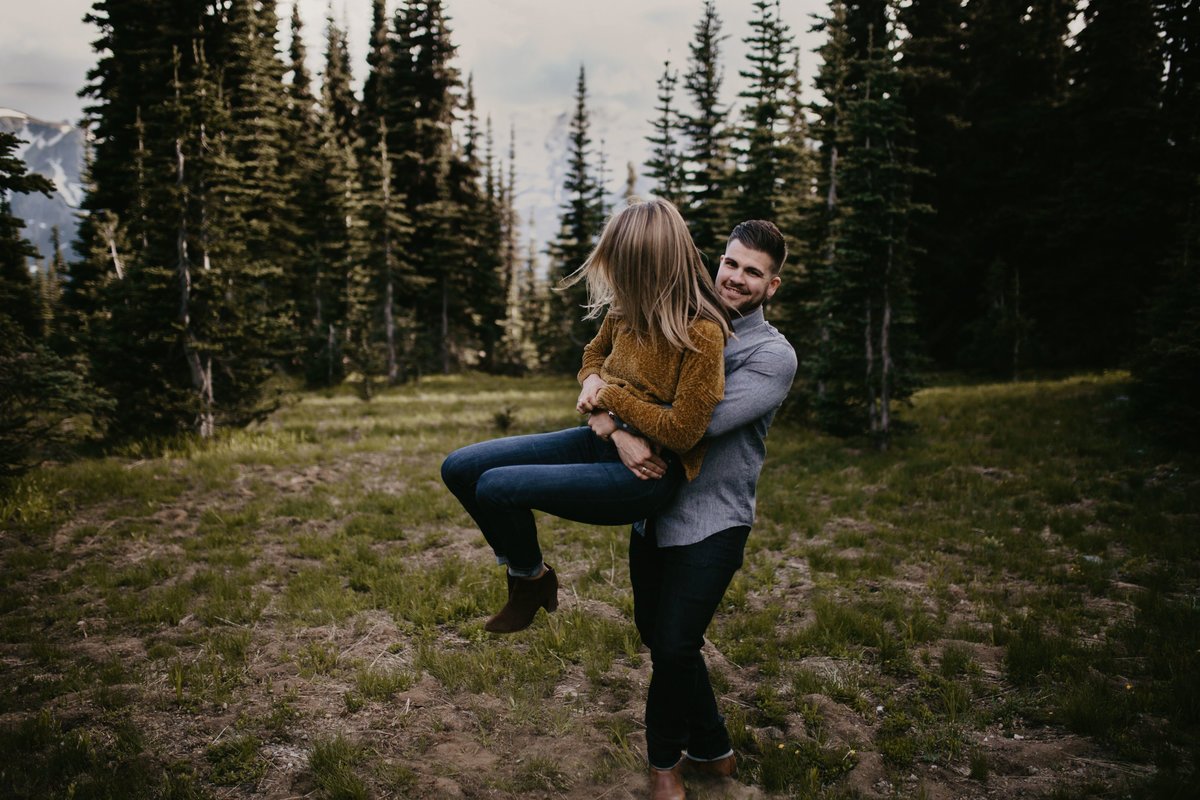 Marnie_Cornell_Photography_Engagement_Mount_Rainier_RK-125
