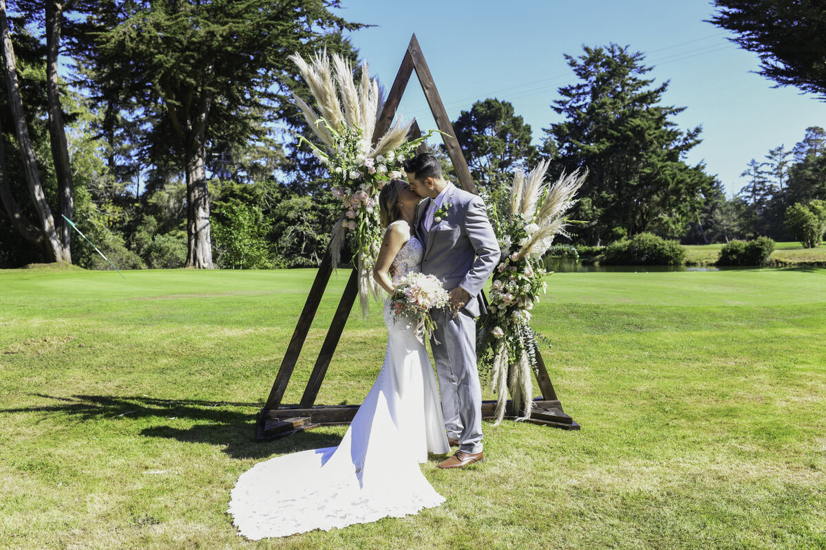 Redway-California-wedding-photographer-Parky's-PicsPhotography-Humboldt-County-Photographer-Beau-Pre-Golf-Course-wedding-6.jpg