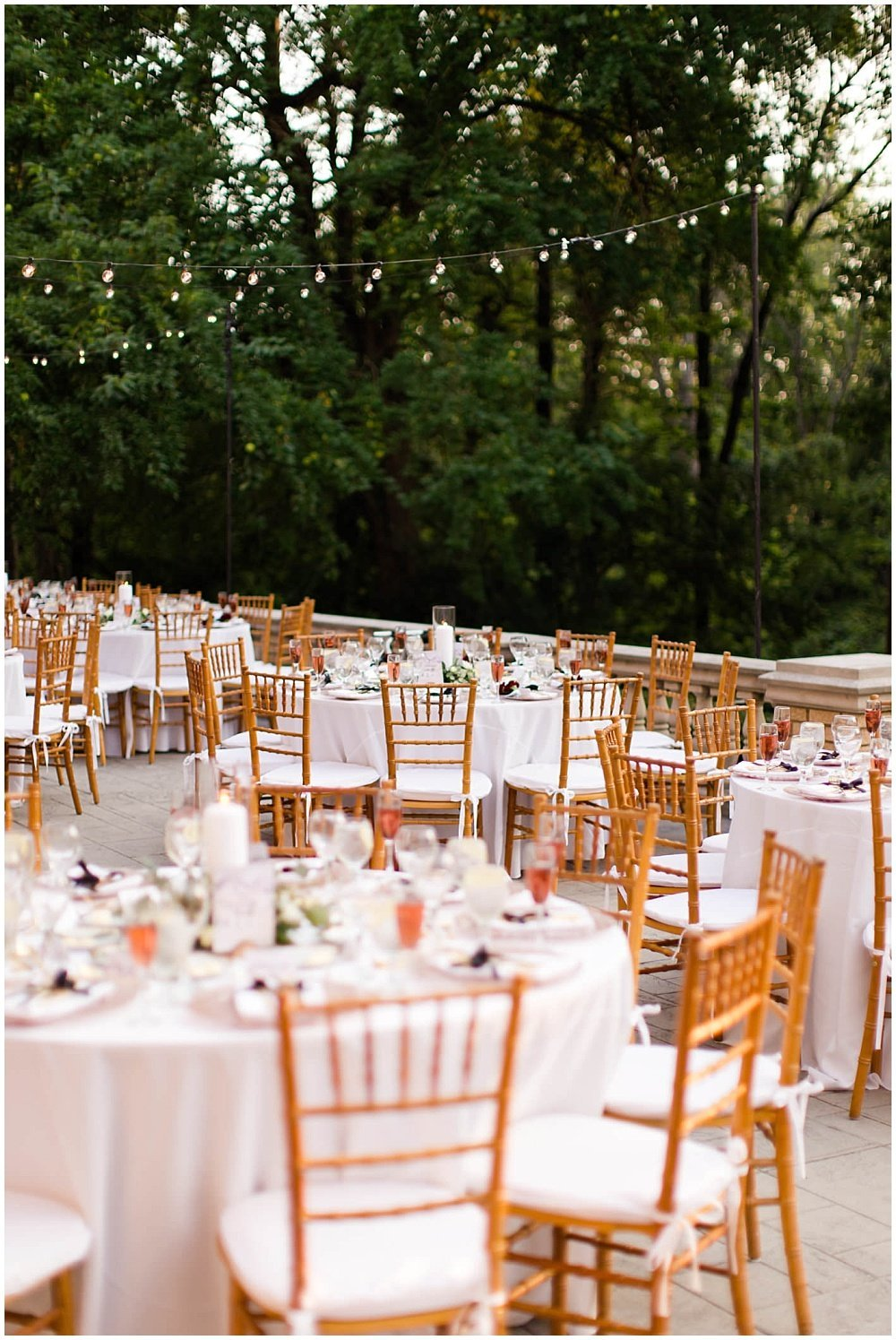 Summer-Outdoor-Terrace-Laurel-Hall-Indianapolis-Wedding-Danielle-Harris-Photography- Jessica-Dum-Wedding-Coordination-photo__0030