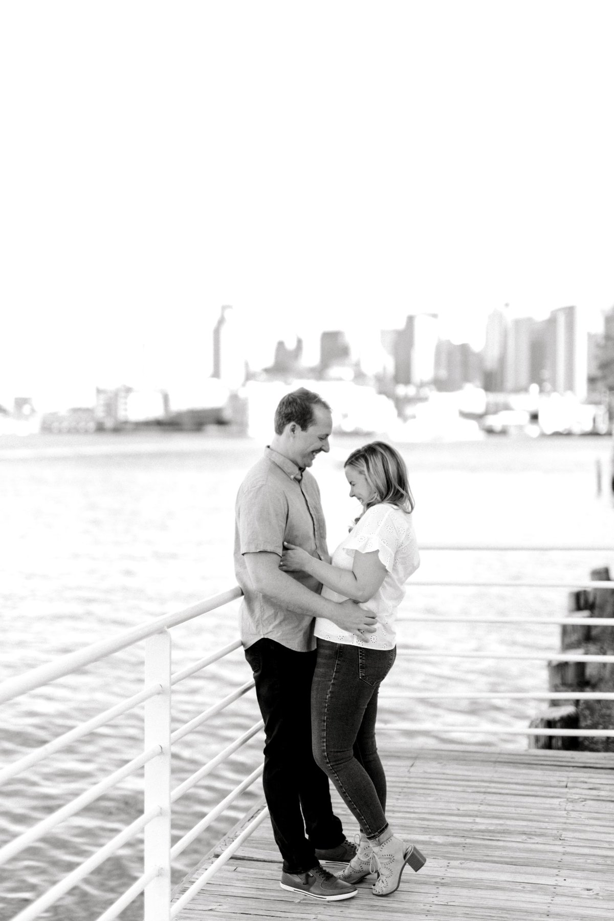 boston-wedding-photographer-charlestown-navy-yard-engagement-photo_0014