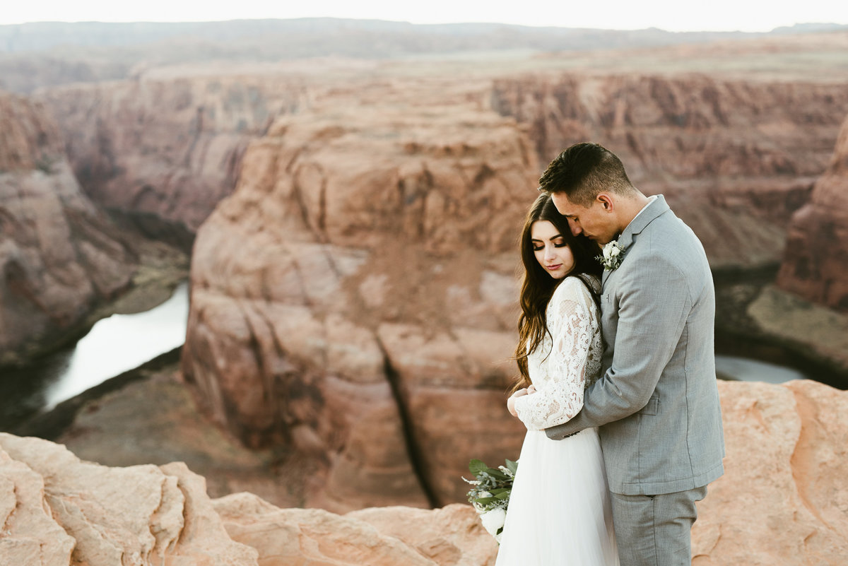 elopement-at-horeseshoe-bend-36