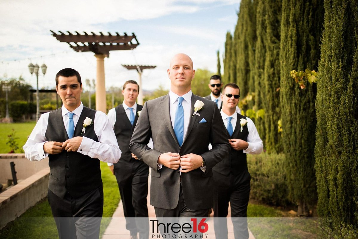 Groom and his Groomsmen head over to the ceremony