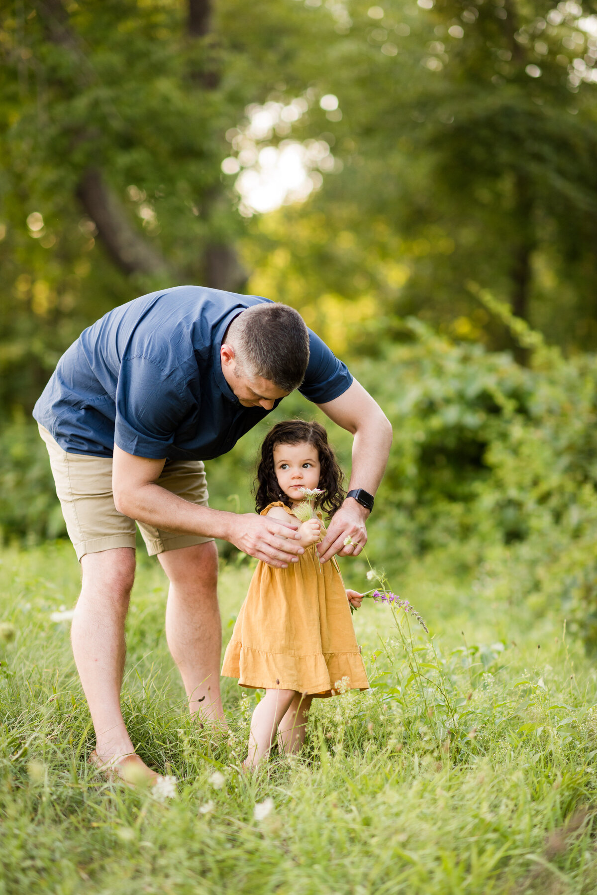Boston-family-photographer-bella-wang-photography-Lifestyle-session-outdoor-wildflower-21
