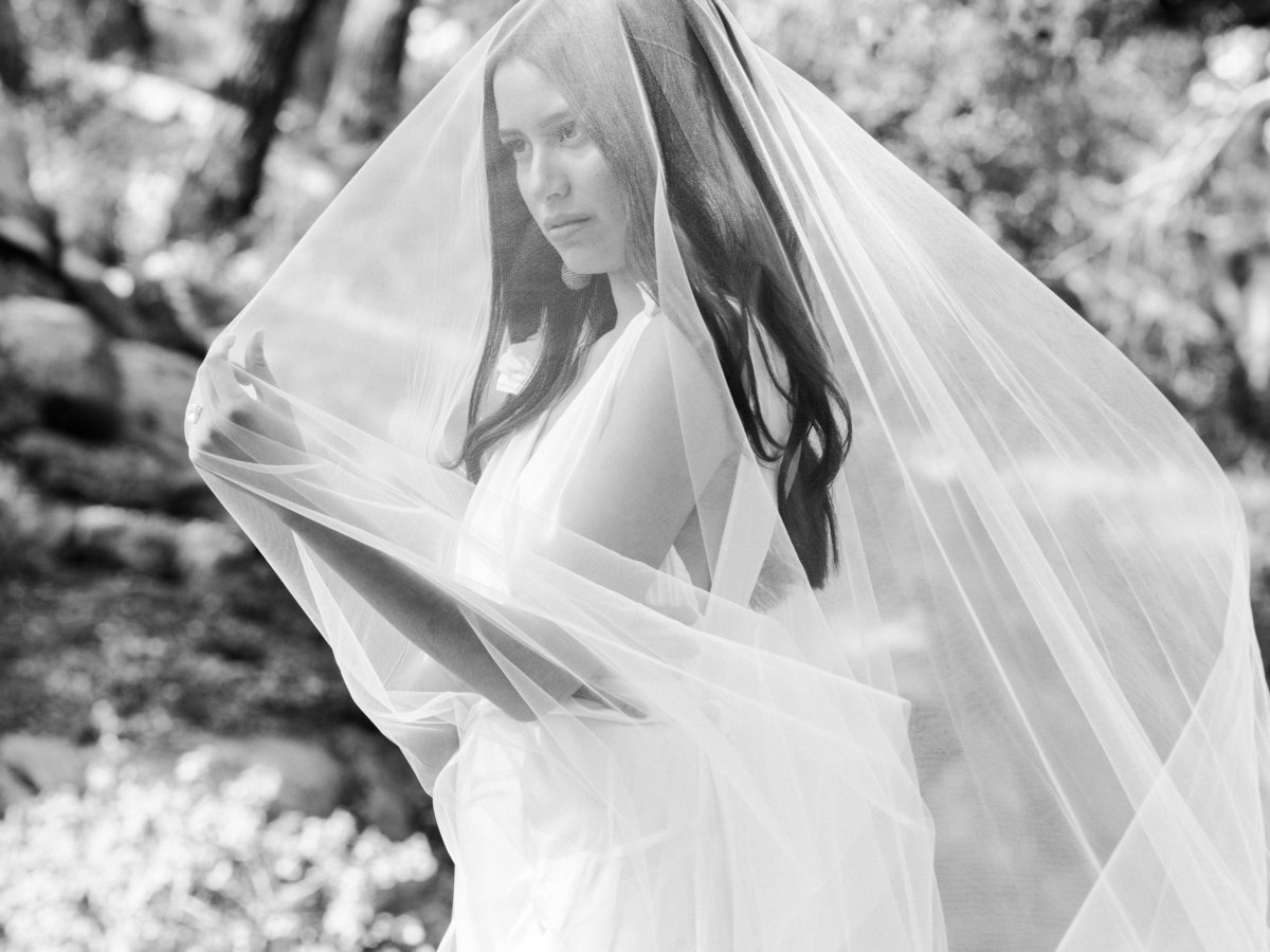 Babsie-Ly-Photography-Fine-Art-Film-Wedding-Bridal-Editorial-in-Hidden-Oaks-San-Diego-104