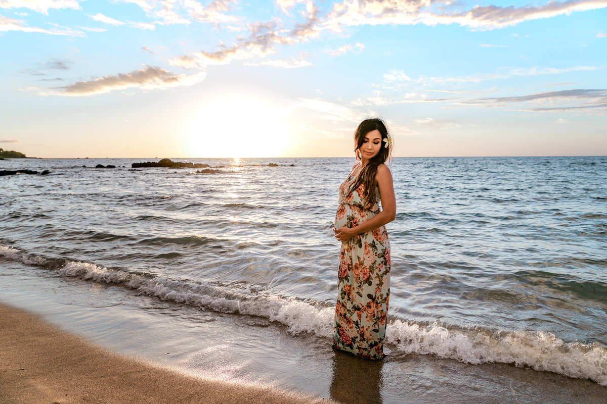 Maternity Photo Big Island Hawaii (9)
