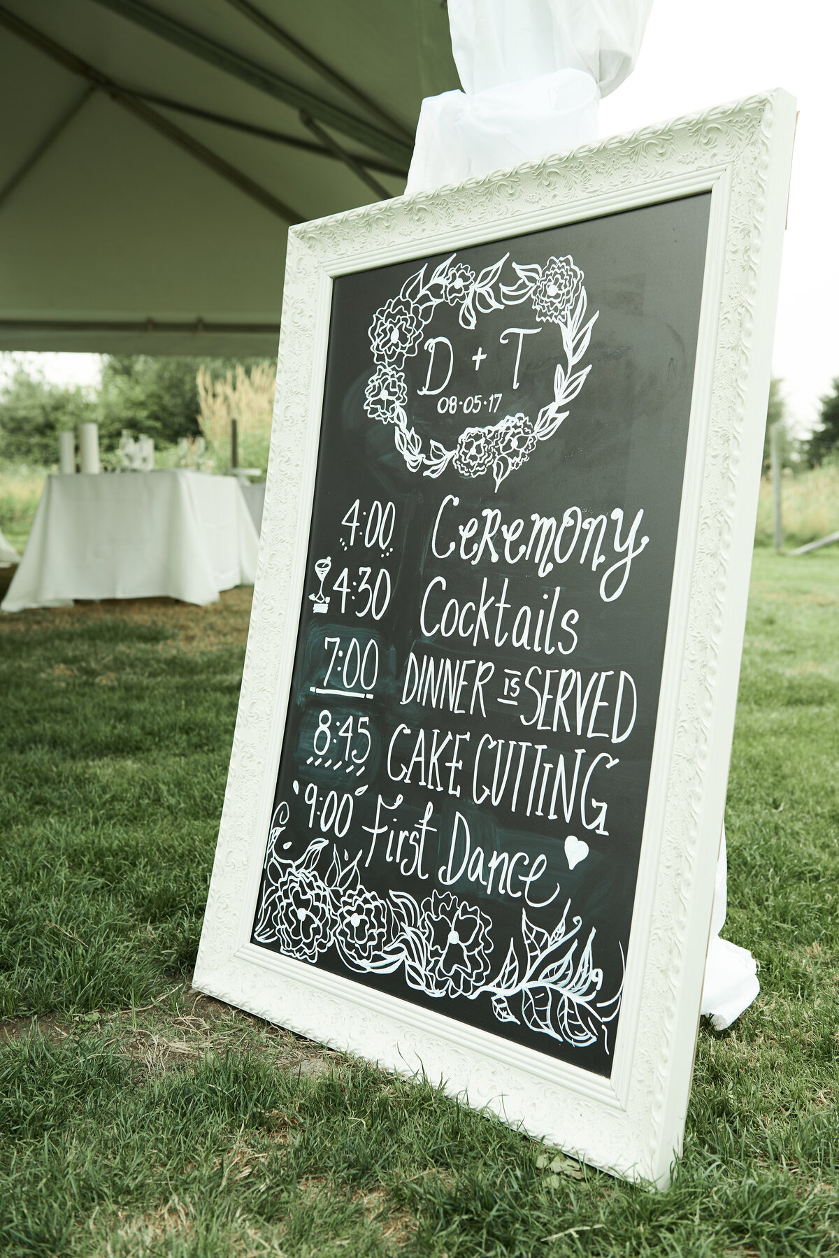 white-blush-greenery-wedding-welcome-sign-13