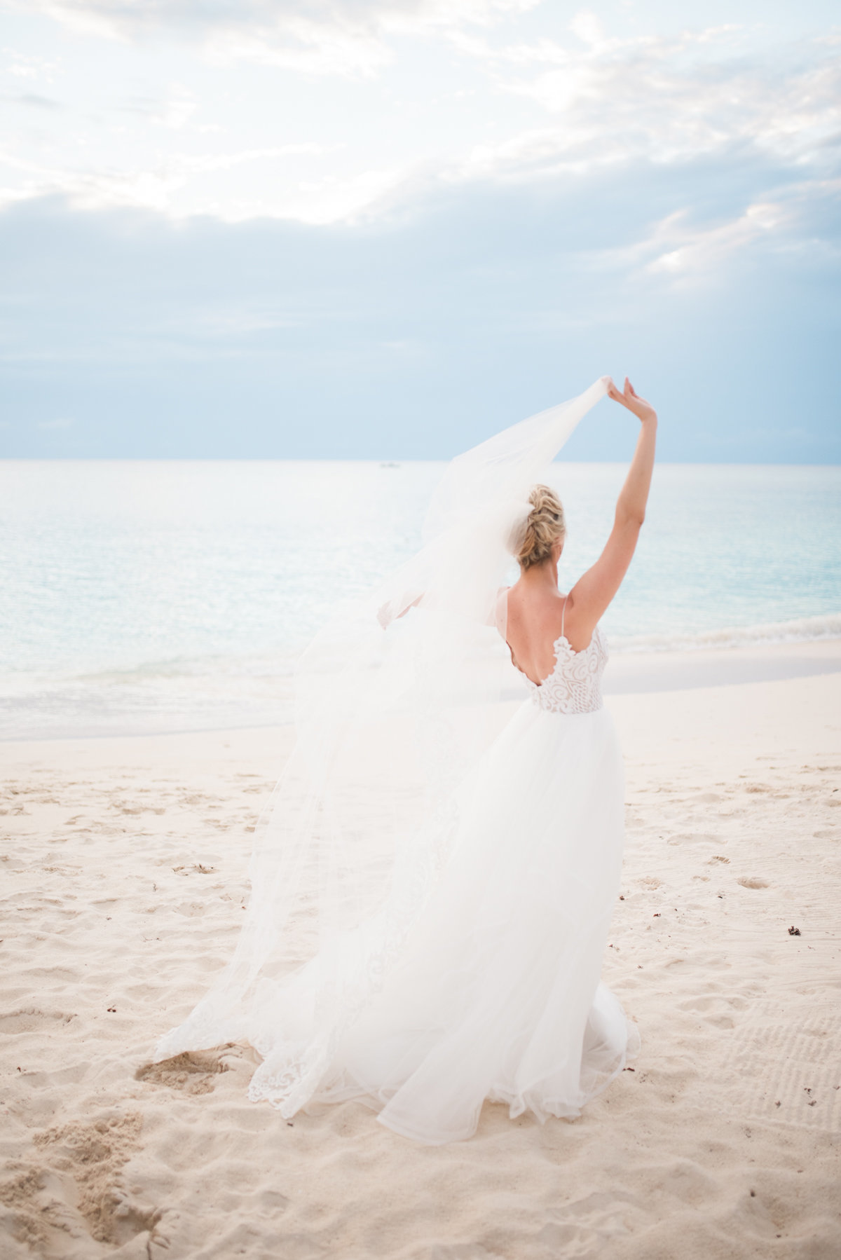 Sneak Alissa Kenny Wedding Grand Cayman Marriott _ Hello Blue Photo-20