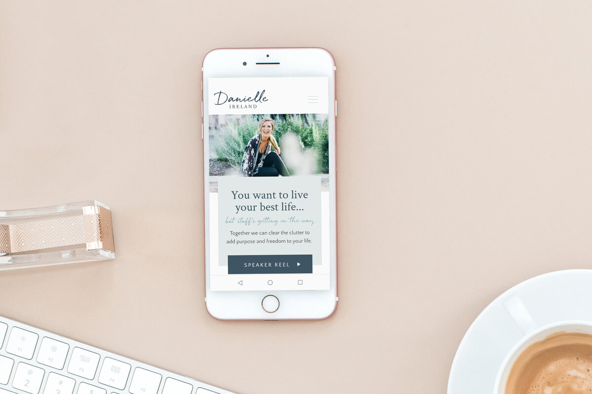 danielle-ireland-website-design-mockup