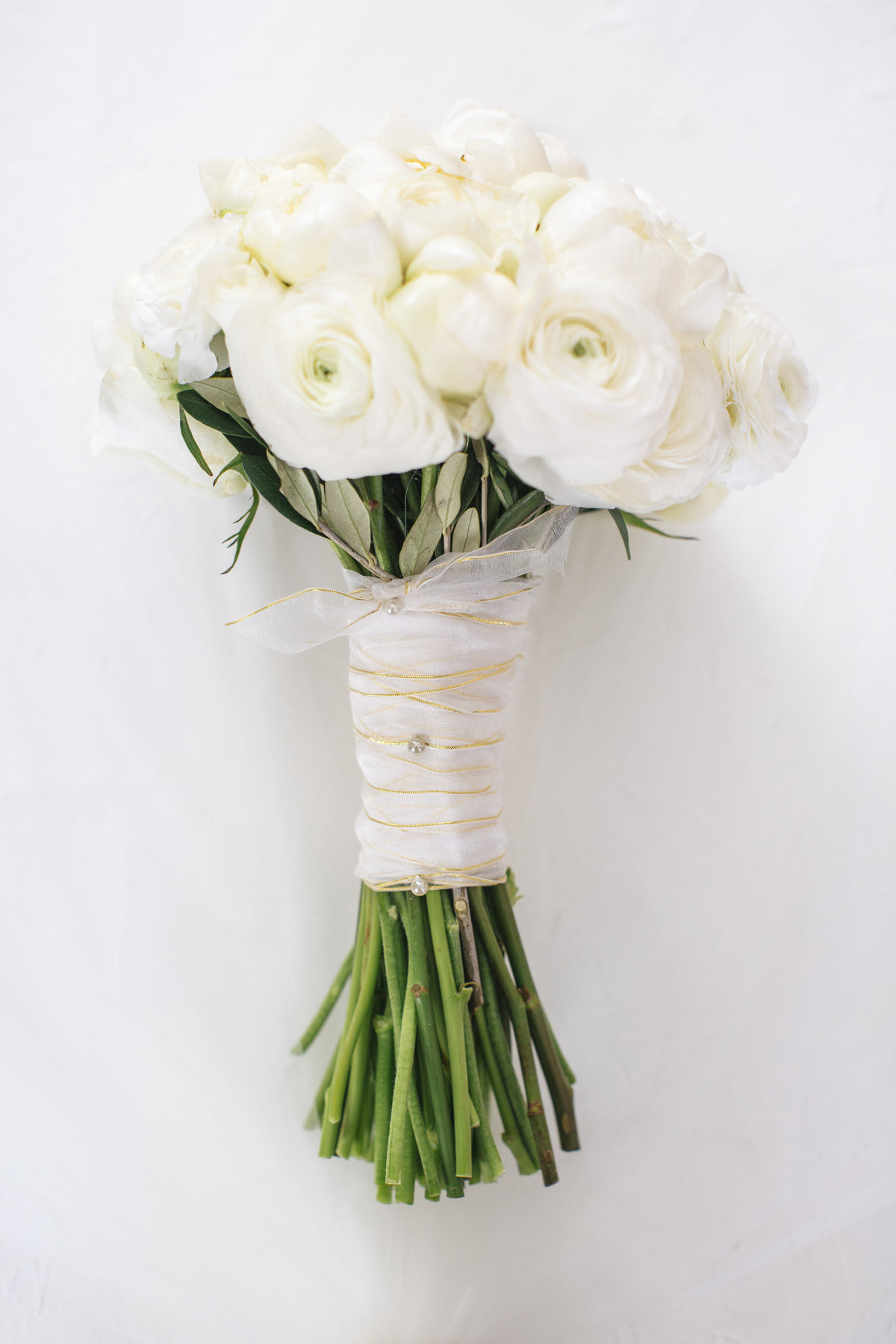 brides flowers for clarks landing yacht club wedding