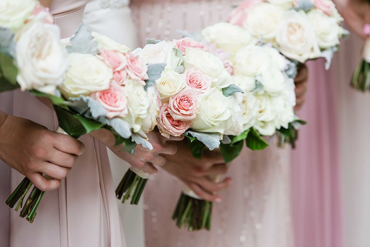 wedding-bouquets-blush