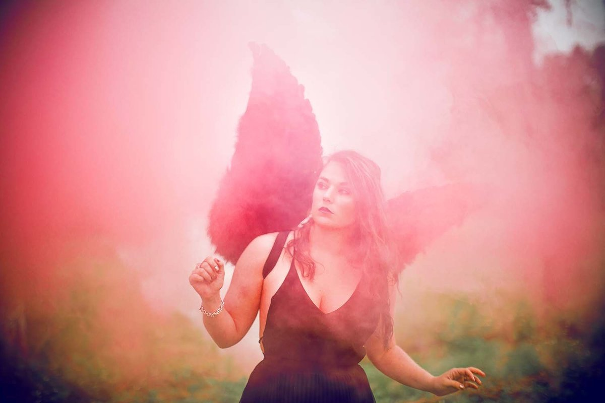 dark-angel-red-smoke-wings-model-inspiration-breaking-tradition-photography-jacksonville-fl