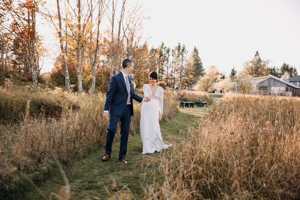 Fall Wedding in the Catskills Arnold House Livingston Manor Wedding Catskills Wedding Planner Canvas Weddings
