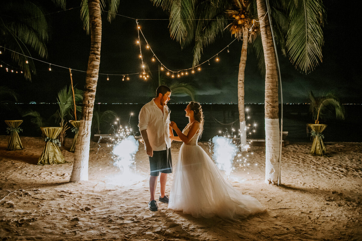 isla-mujeres-wedding-photographer-guthrie-zama-mexico-tulum-cancun-beach-destination-1796