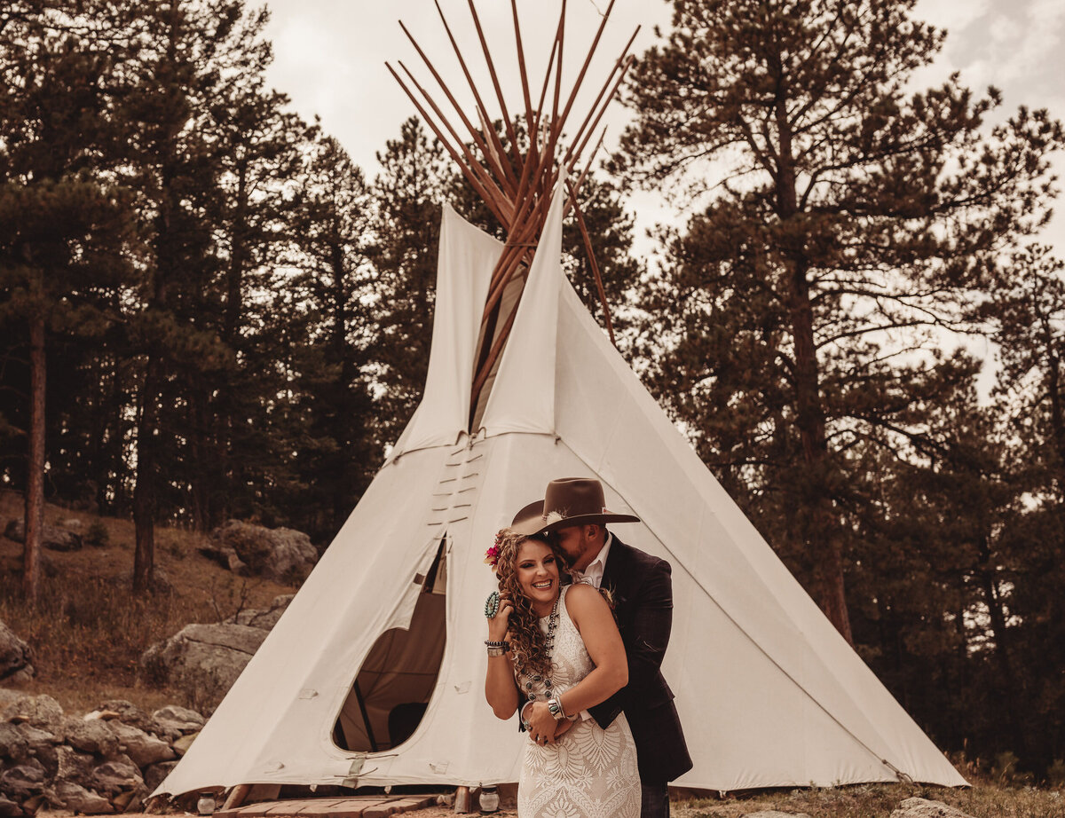 younger-ranch-wedding-Native-Roaming-Photography-29