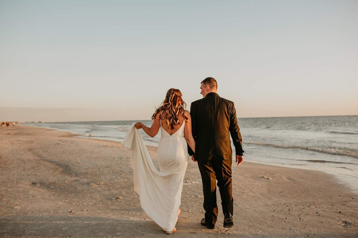 Double Tree North Redington Beach Florida-Wedding-Brittany and Bruce504