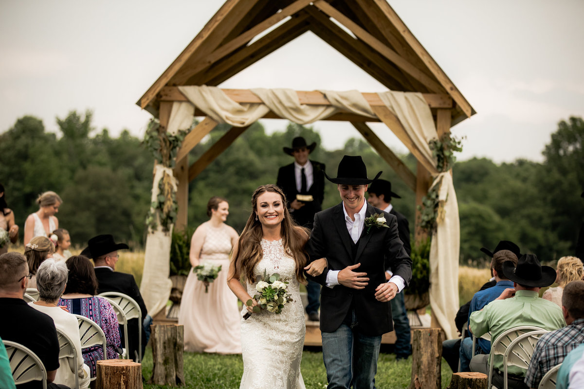 Nsshville Bride - Nashville Brides - The Hayloft Weddings - Tennessee Brides - Kentucky Brides - Southern Brides - Cowboys Wife - Cowboys Bride - Ranch Weddings - Cowboys and Belles111
