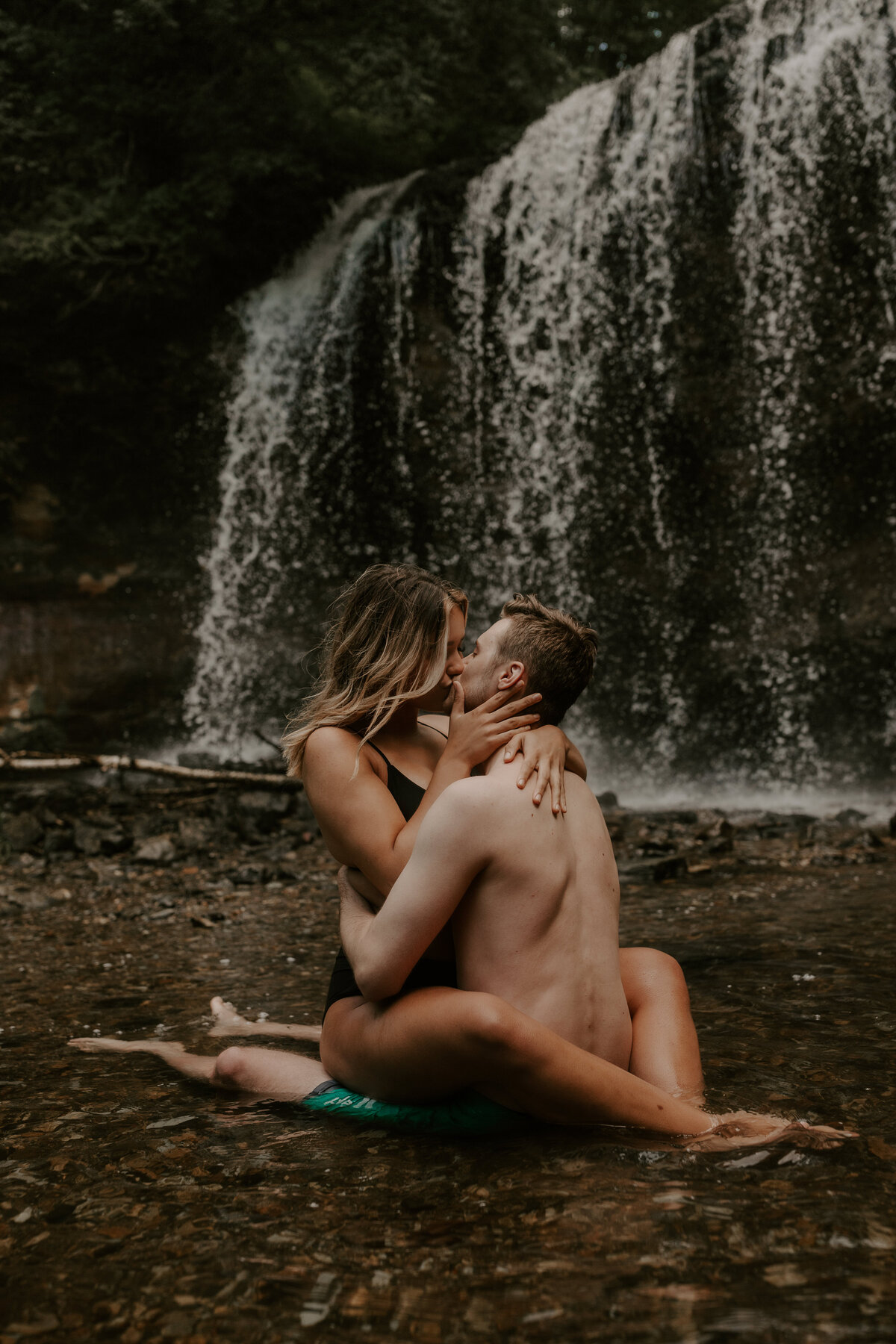 waterfall-couple-36