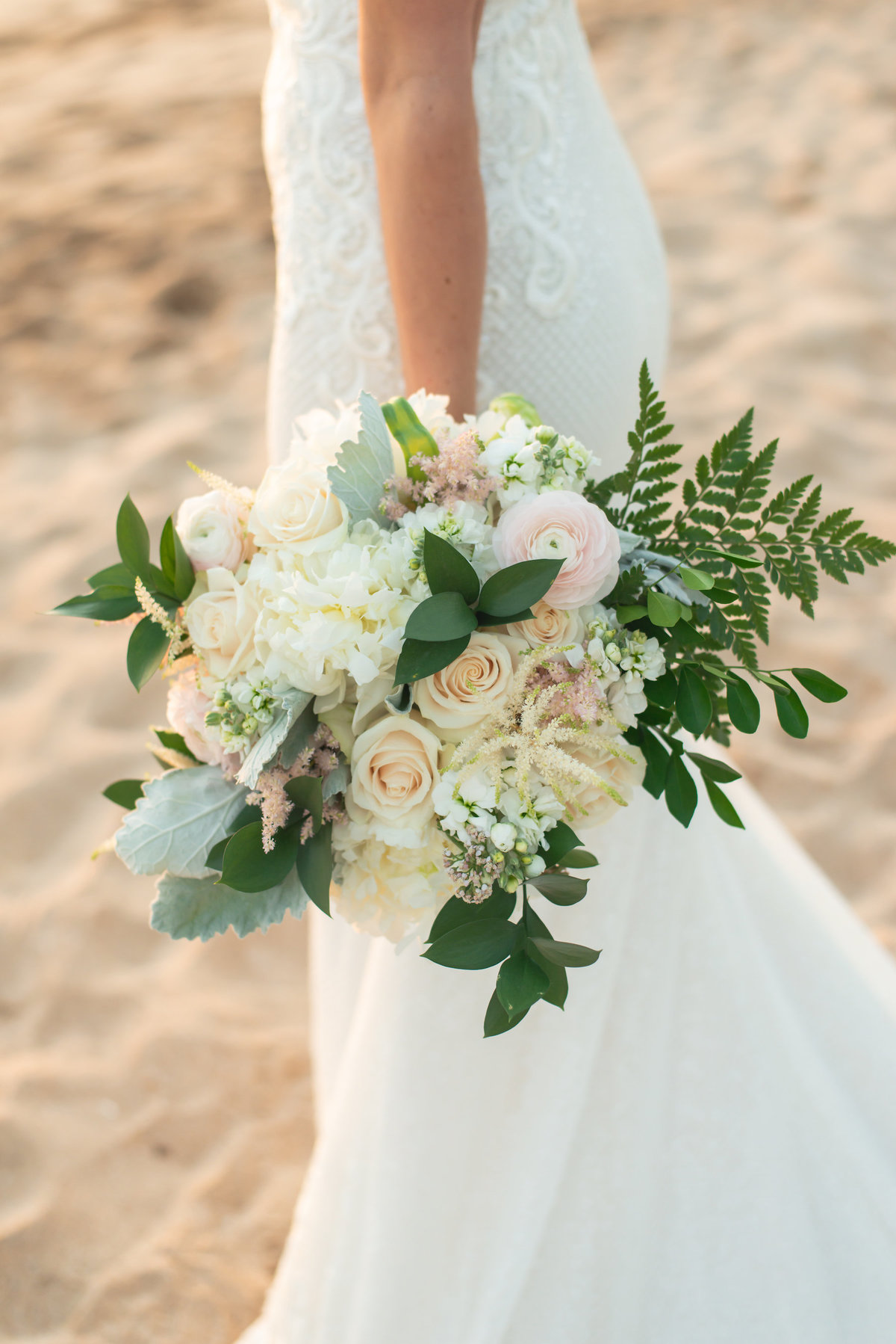 Maui wedding photography - wedding bouquet