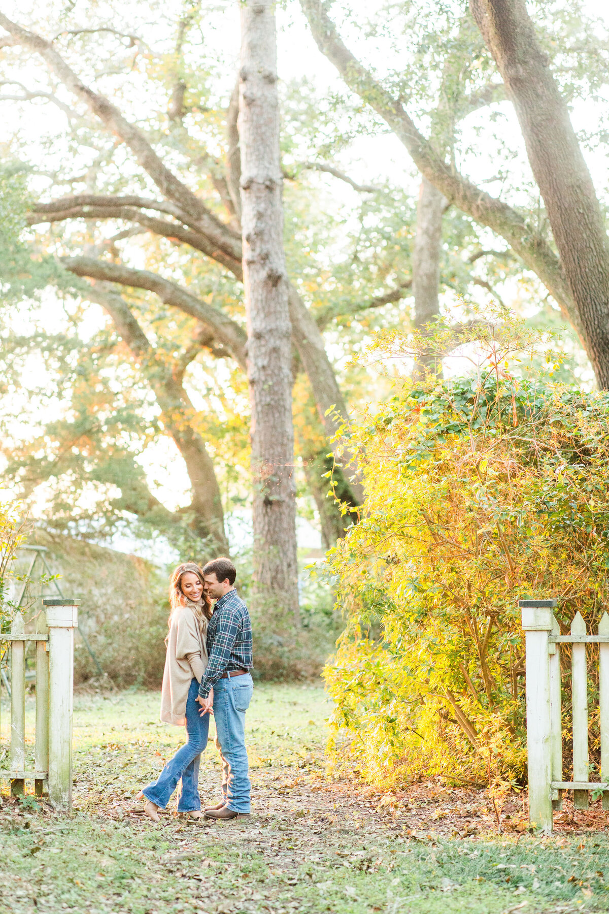 Renee Lorio Photography South Louisiana Wedding Engagement Light Airy Portrait Photographer Photos Southern Clean Colorful30