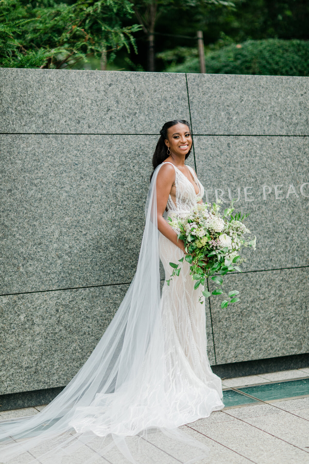 Solomon_Tkeyah_Micro_COVID_Wedding_Washington_DC_War_Memorial_MLK_Memorial_Linoln_Memorial_Angelika_Johns_Photography-3824