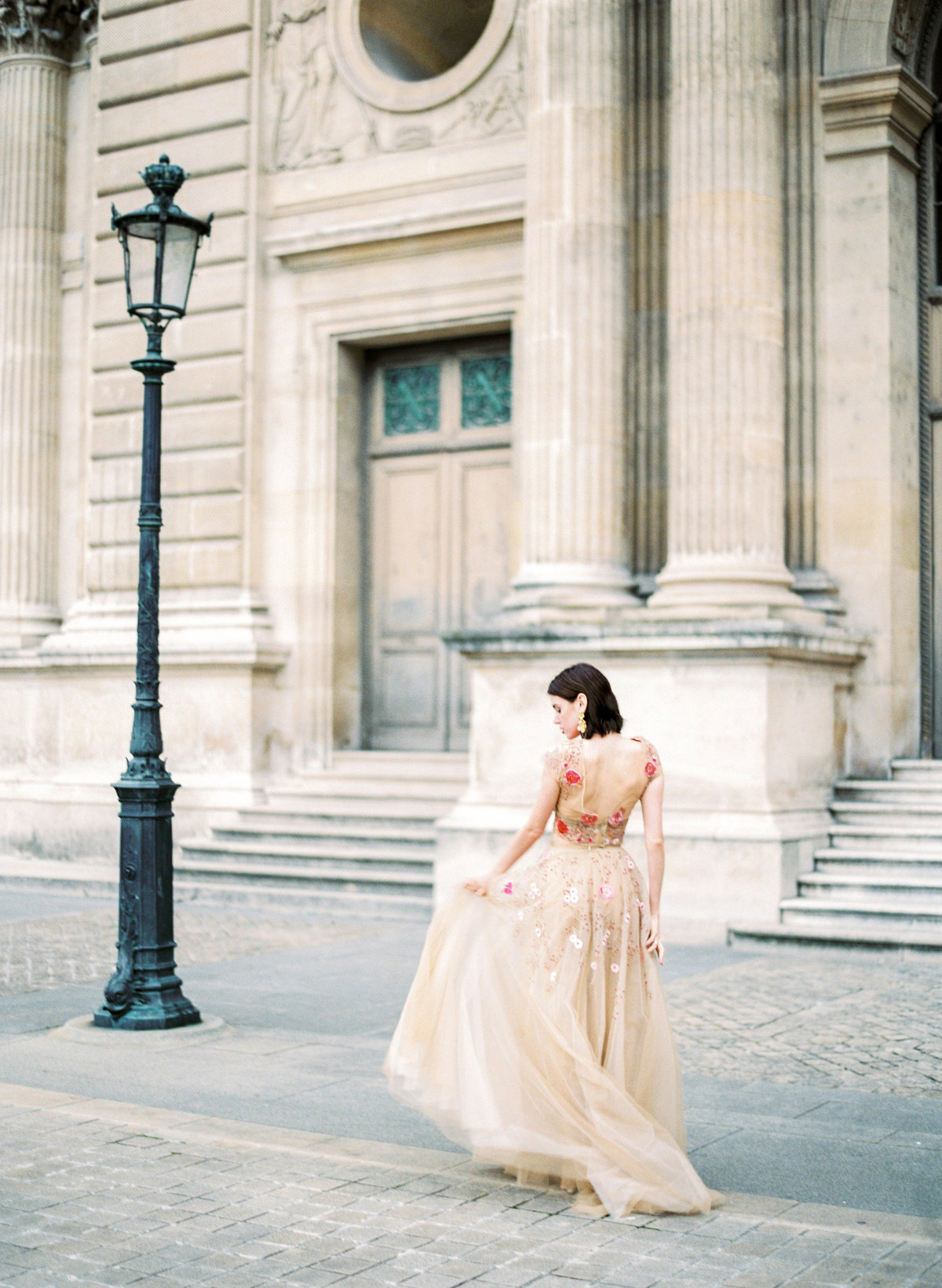 destination wedding photographer paris the lourve amelia soegijono 038