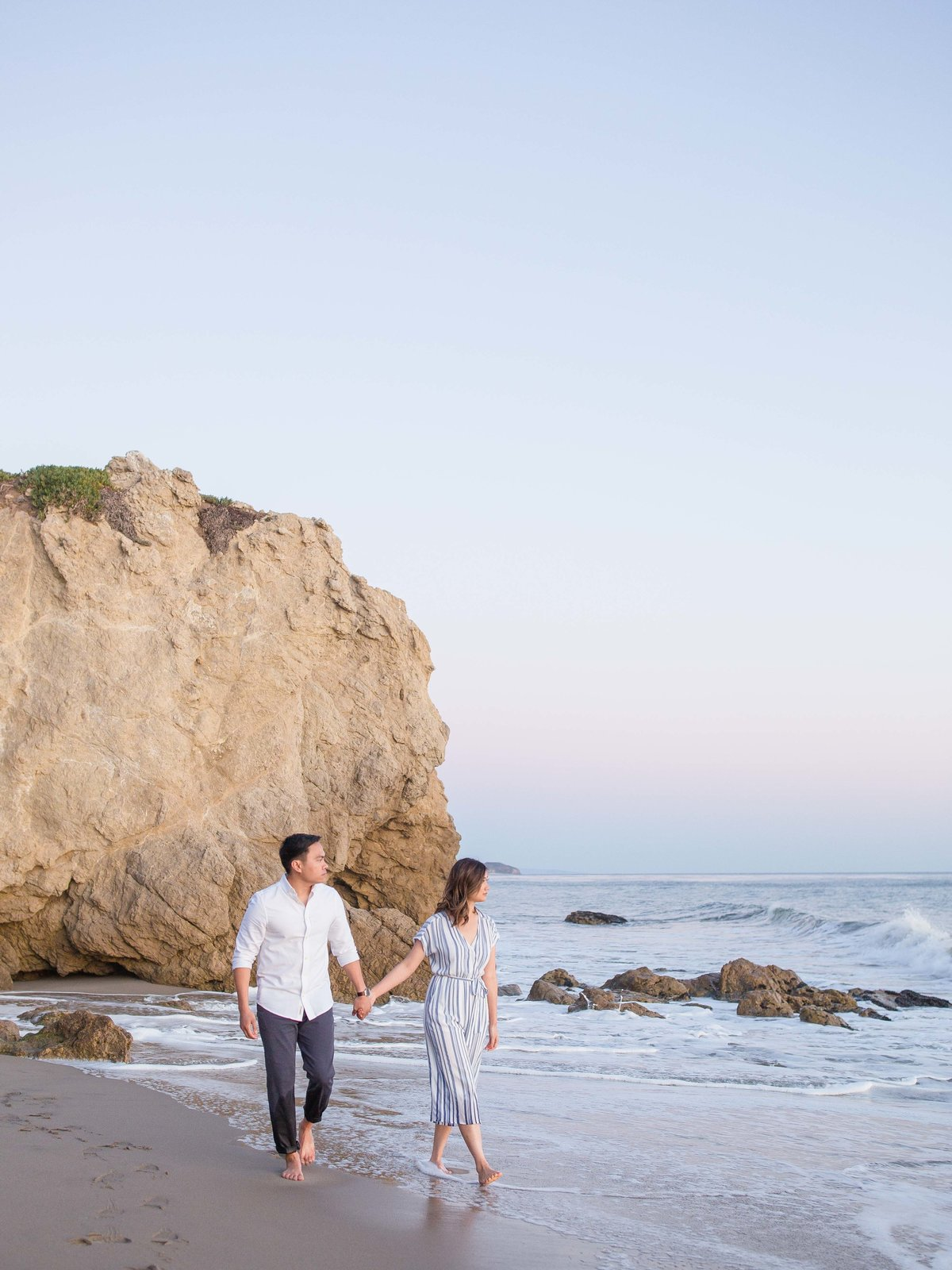 Babsie-Ly-Photography-malibu-el-matador-beach-Engagement-Session-Film-Asian-Photographer-001