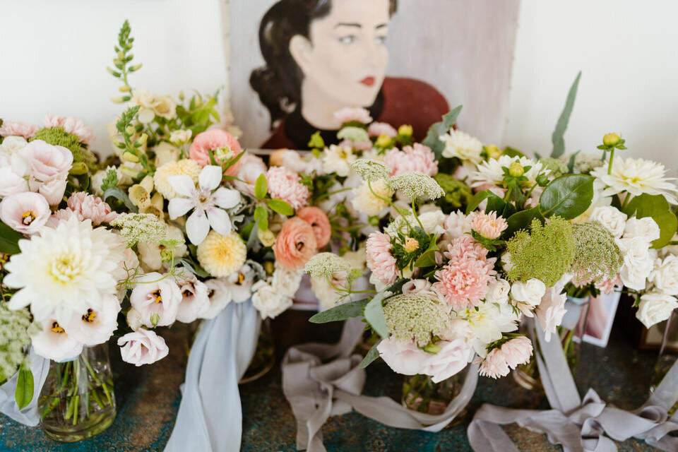 Catskills-Wedding-Planner-Foxfire-Mountain-House-Wedding-Canvas-Weddings-Bouquets
