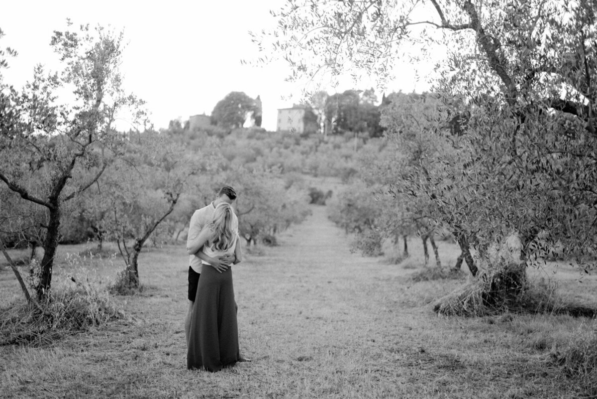 11_Tuscany_Luxury_Wedding_Photographer (11 von 54)_A luxury wedding photographer in Tuscany. Discover the work of luxury wedding photographer Flora and Grace in Italy.