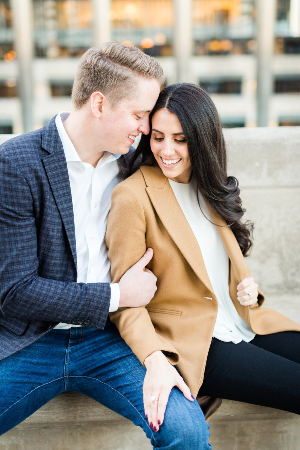 wrigley-building-chicago-engagement-session-72
