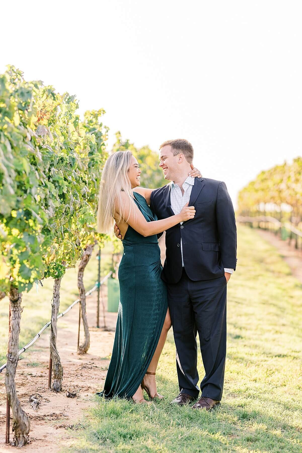 Texas-Hill-Country-Vineyard-Engagement-Portrait-Session-Alicia-Yarrish-Photography_0085